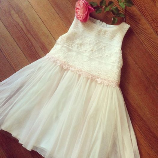 vestido con encaje para nenas Gro verano 2015