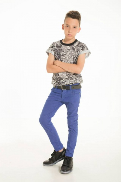 remera estampada y pantalon de color para chicos Ona Saez Kids 2015