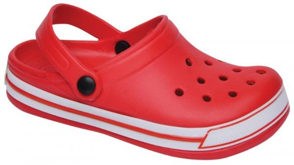 sandalias estilo crocs Plumitas verano 2015