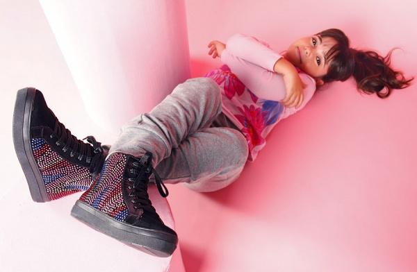 zapatillas con minitachas para nenas  - Ferli calzados invierno 2015