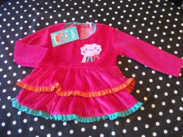 vestido con volado de plush Gulubu otoño invierno 2015
