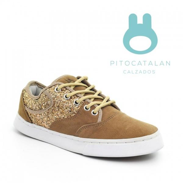 zapatilla gamuzada con brillos Pitocatalan calzado para chicos primavera verano 2018