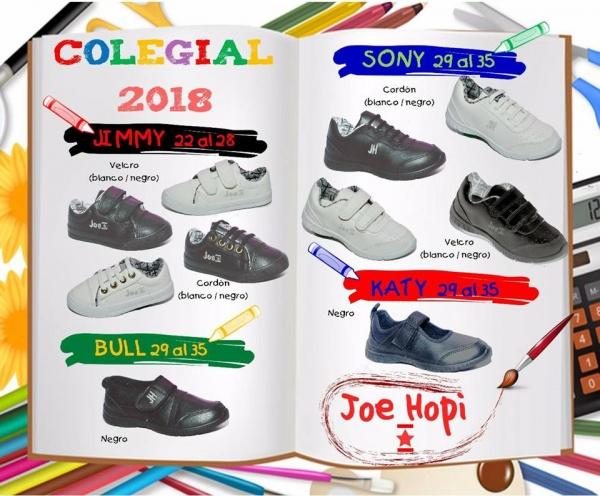 ccfa75606 Están las zapatillas de cuero sintético con cierre velcro (con abrojos) o  acordonados en blanco y negro. También zapatos cerrados para los varones y  estilo ...