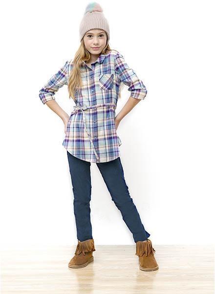 camisa larga escocesa con lazo y jeans niña nucleo nenas otoño invierno 2018