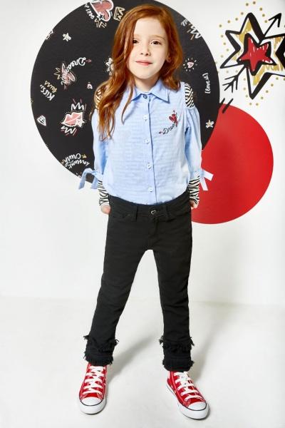 c3a922fe0 camisa niña con aplique y jeans negro kosiuko kids otoño invierno 2018