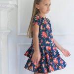 vestido floreado con volado en falda para niña Magdalena Esposito invierno 2018