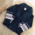 saco lana cruzado niño tejidos pompas invierno 2018