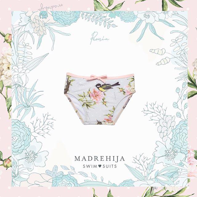 bombacha de baño niña flores y pajaros Madrehijas swim suits verano 2019