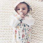 enterito de algodon con capucha para bebes Fizi otoño invierno 2018