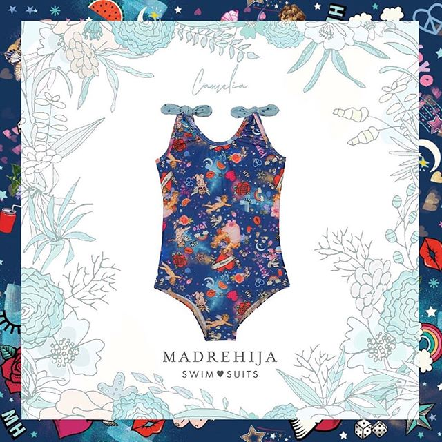 malla azul estampa tropical niña Madrehijas swim suits verano 2019