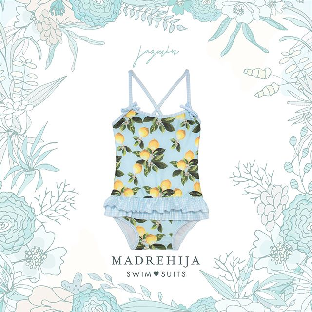 malla celeste estampa limon niña Madrehijas swim suits verano 2019