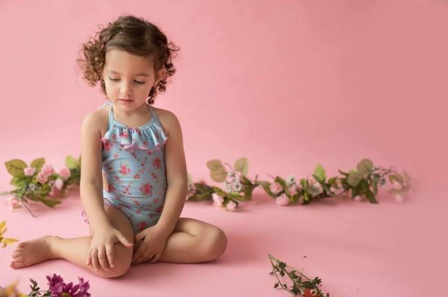 malla enteriza con rayas y flores beba cocomiel verano 2019