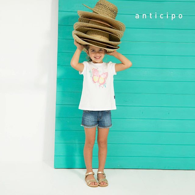remera blanca con estampa niña mimo co verano 2019