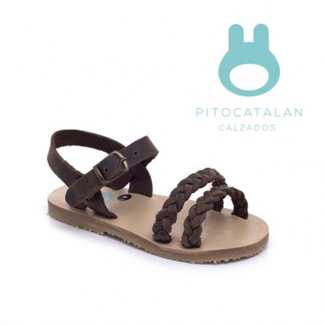 sandalia de cuero trenzadas Pitocatalan Primavera verano 2019