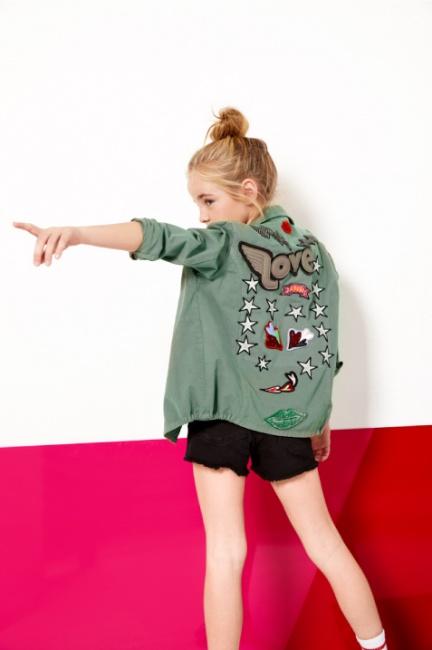 camisa de gabardina con estampa en espalda niñas Kosiuko Kids primavera verano 2019