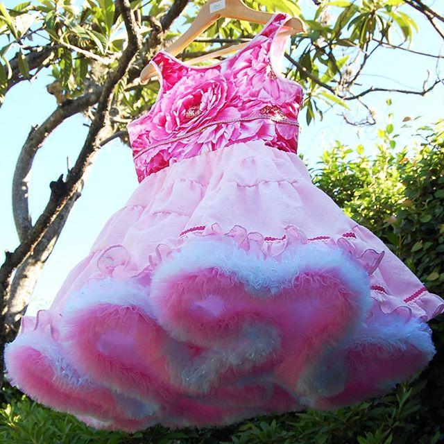vestido de fiesta con falda acampanada para niña Girls Boutique verano 2019