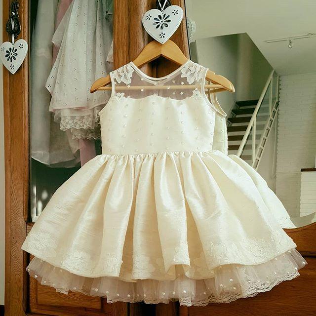 vestido para fiesta de niña camesu de microtul y bajo falda de tul Girls Boutique verano 2019