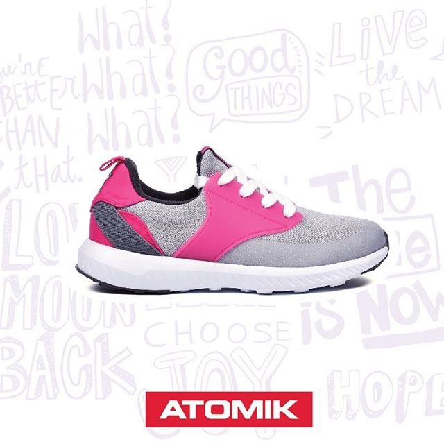 zapatillas grises para niñas Atomik verano 2019