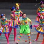 disfraces coloridos carnaval niños