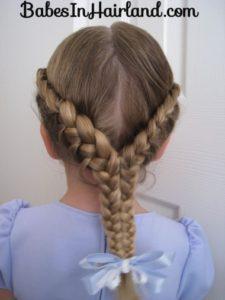 peinado de dos trenzas pegadas para niñas