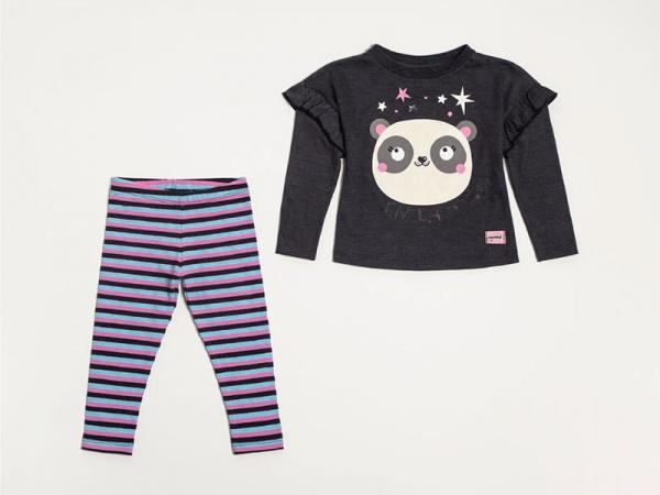 calza-a-rayas-y-remera-panda-Look-beba-Owoko-invierno-2019