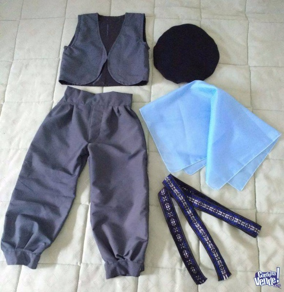 disfraz-de-gaucho-completo-con-chaleco-y-boina-para-niño-25-de-mayo