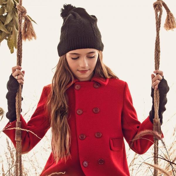 tapado-rojo-de-paño-para-niña-Paula-Cahen-Danvers-invierno-2019