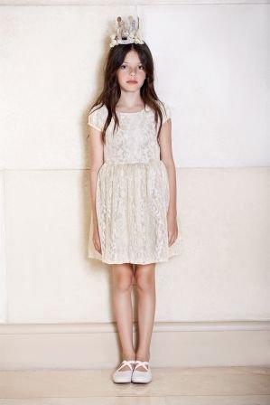vestido-blanco-de-fiesta-para-niñas-Mapamondo-invierno-2019