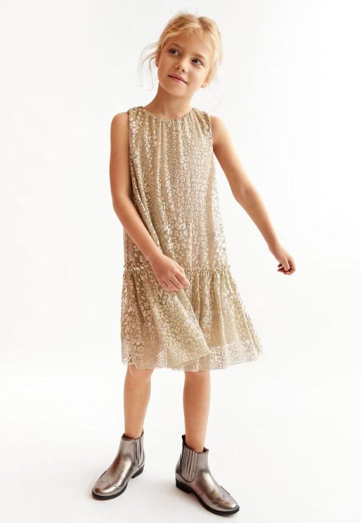 Vestido-de-microtul-niña-con-toques-dorados-verano-2020