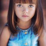 10 Cortes modernos para niñas de pelo Lacio
