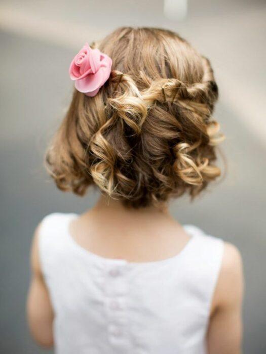 peinado-pelo-corto-fiesta-comunion-niña