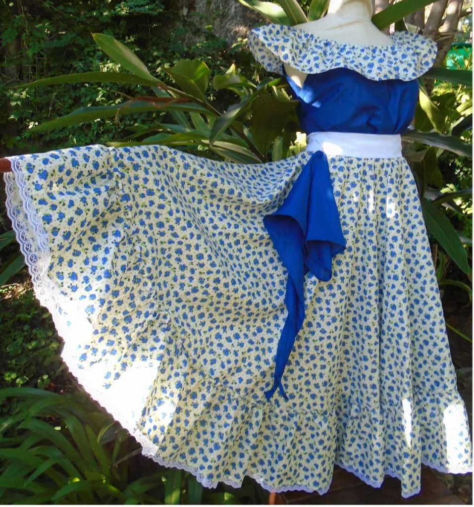 traje-para-bailar-folclore-niña