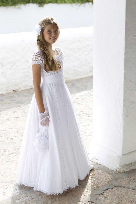 vestido-blanco-mangas-cortas-plisadas-de-niña-para-comunion