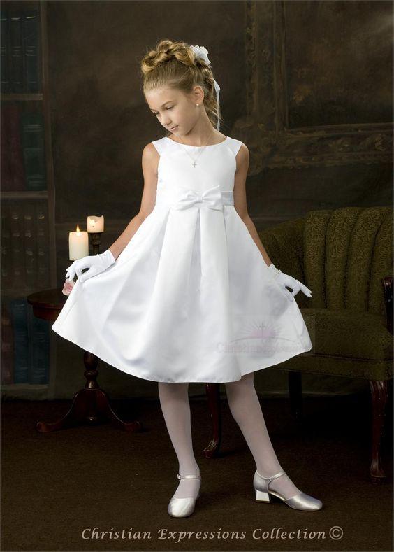vestido-blanco-plisado-de-niña-para-comunion