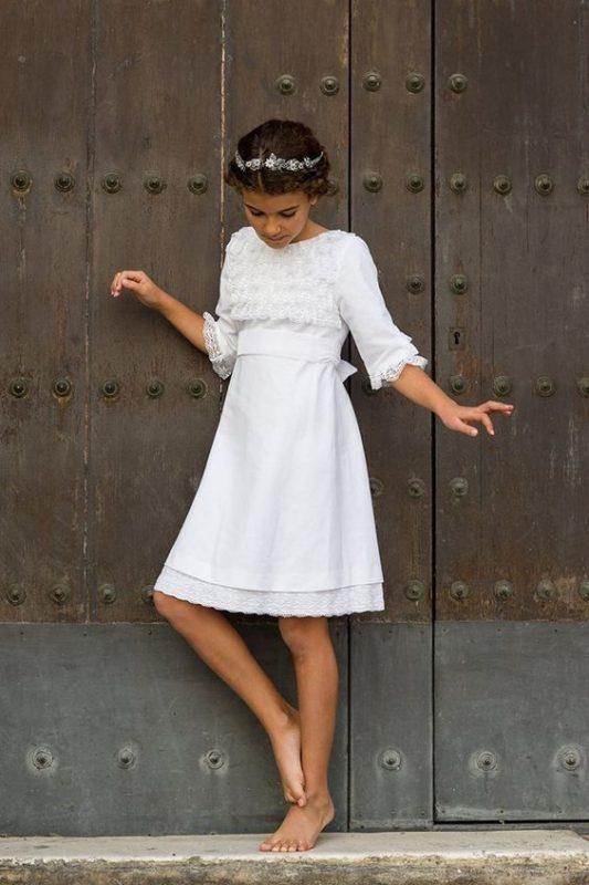 vestido-blanco-recto-con-mangas-de-niña-para-comunion