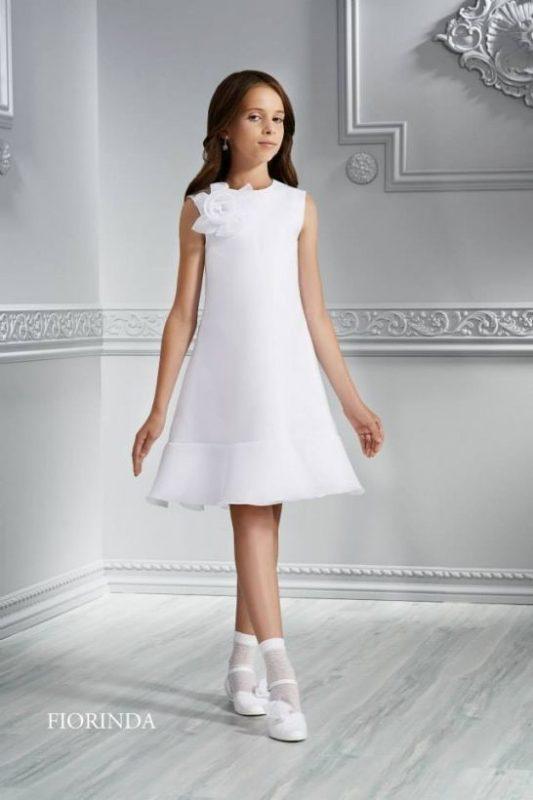 vestido-corto-sencillo-blanco-de-niña-para-comunion-