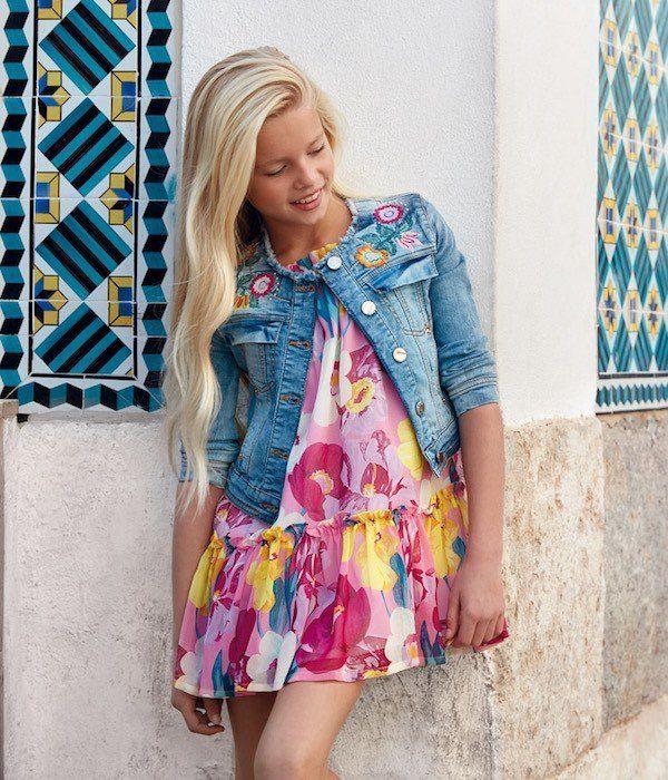 vestidos-estampados-para-niñas-verano-2020