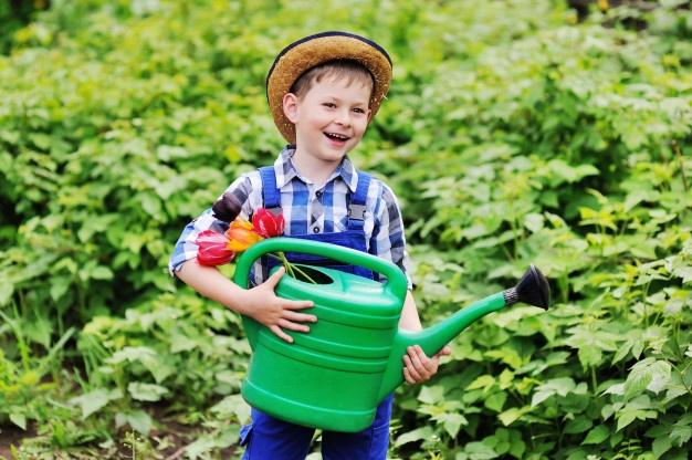 disfraz-de-jardinero-para-niño