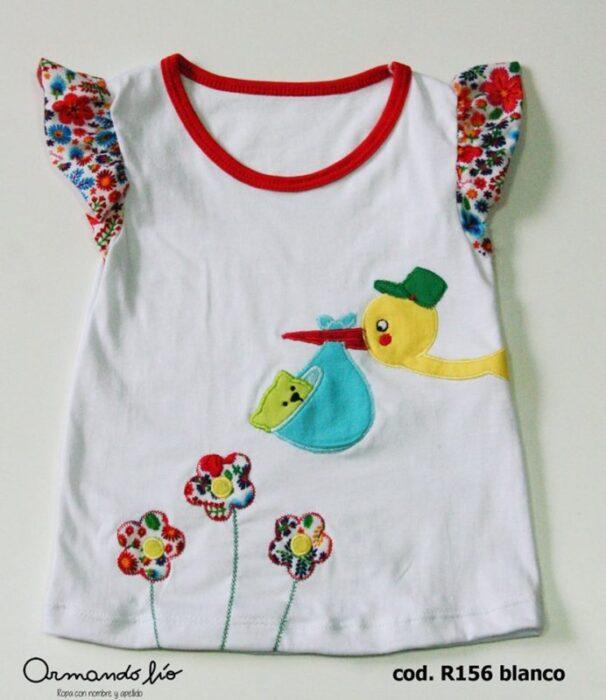 remera-musculosa-beba-armando-lio-primavera-verano-2020