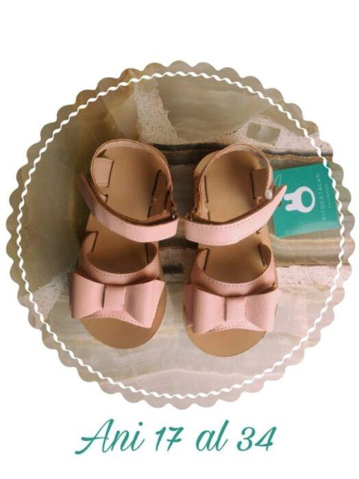 sandalias-niñas-rosadas-Pitocatalan-verano-2020