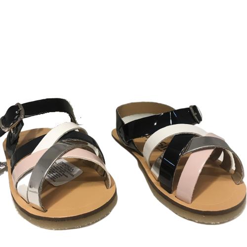 sandalias metalizadas niñas grisino verano 2020