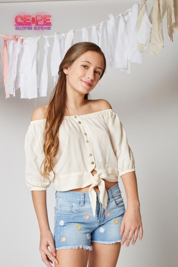 short-jeans-y-remera-paisana-teens-ce-pe-verano-2020