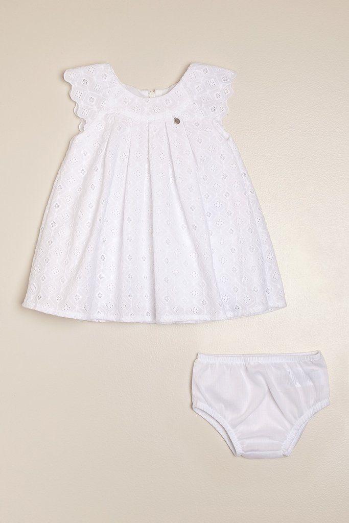 vestido-blanco-broderie-bebas-magdalena-esposito-verano-2020