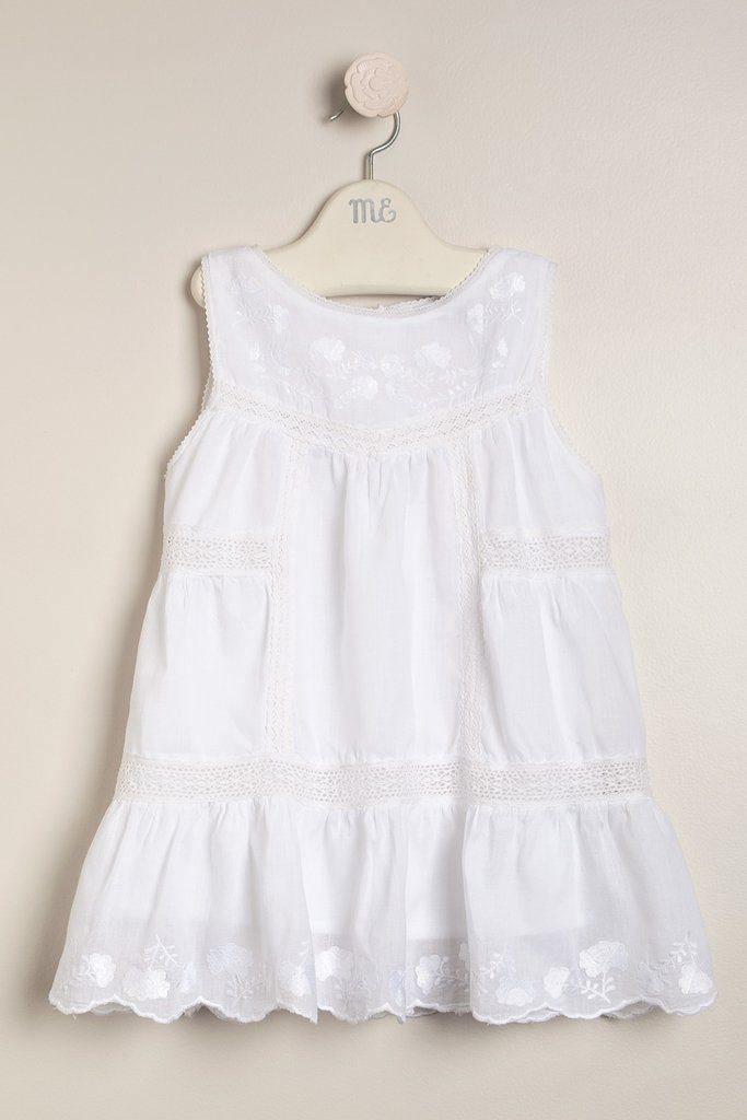 vestido-blanco-de-volile-bordado-bebas-y-niñas-magdalena-esposito-verano-2020