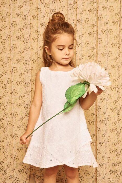 vestido-blanco-nena-nucleo-kids-verano-2020
