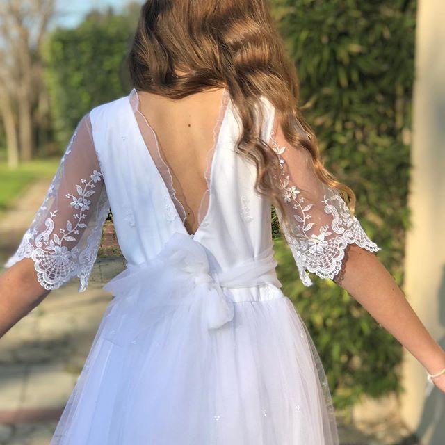 vestido-comunion-espalda-en-v