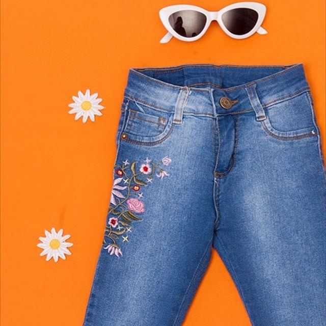 jeans-bordado-nena-JG-kids-verano-2020