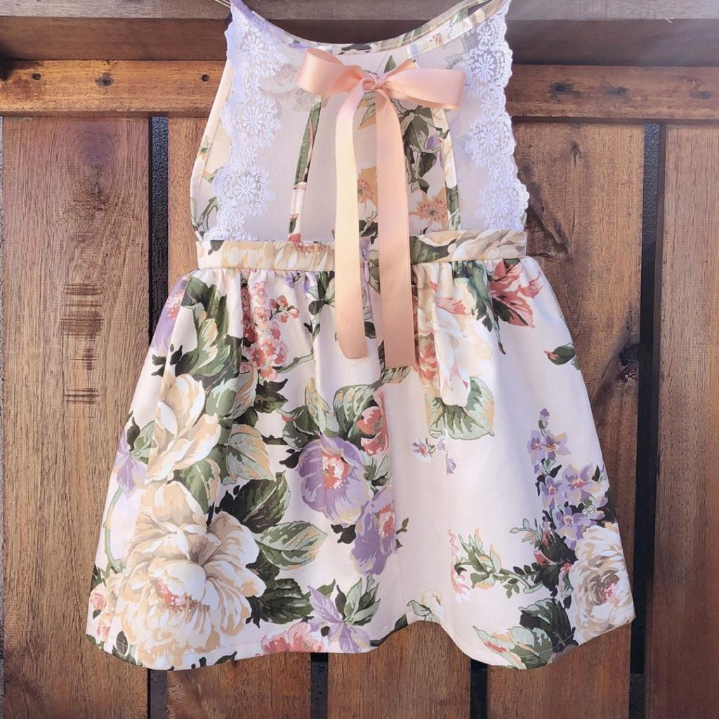 vestido-floreado-de-fiesta-para-niña-niña-waw-verano-2020