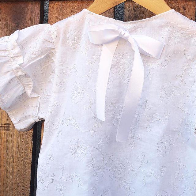 blusa-blanca-mangas-cortas-nena-waw