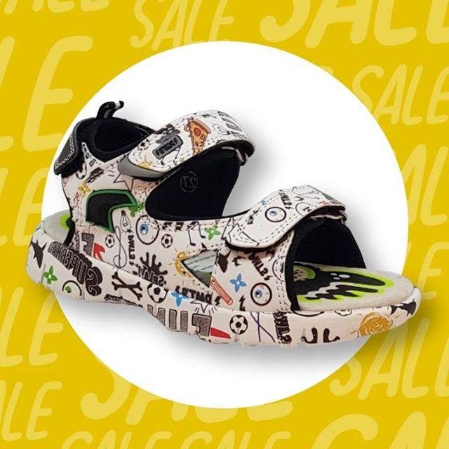sandalias-estampadas-para-niños-plumitas-verano-2020